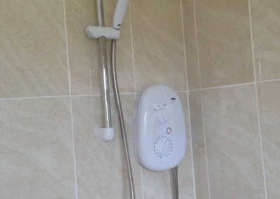 Langdale Close, Electric shower