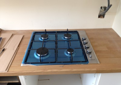 Langdale Close, Gas hob installation